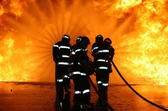 respiración de emergencia incendios
